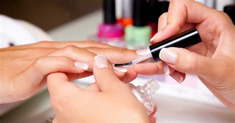Manicure Pedicure Di Salon manicure and pedicure mon cheri spa