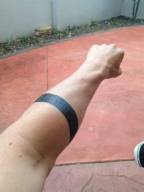 tattoo meaning two black bands tatouage homme bracelet 15 photos de tatouage bracelet