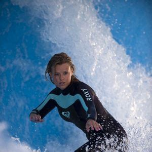 film blue crush 2 casting du film blue crush 2 r 233 alisateurs acteurs et