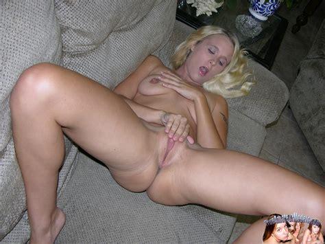 Amateur Blonde Nude Girl Modeling Nude Julie J Pichunter