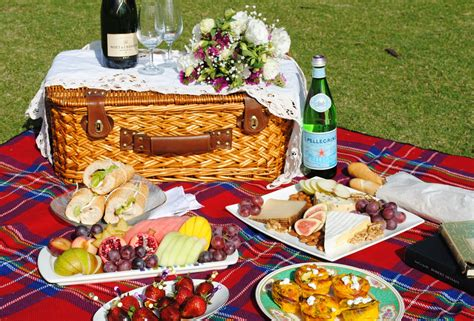 romantic picnic food www pixshark com images galleries with a bite
