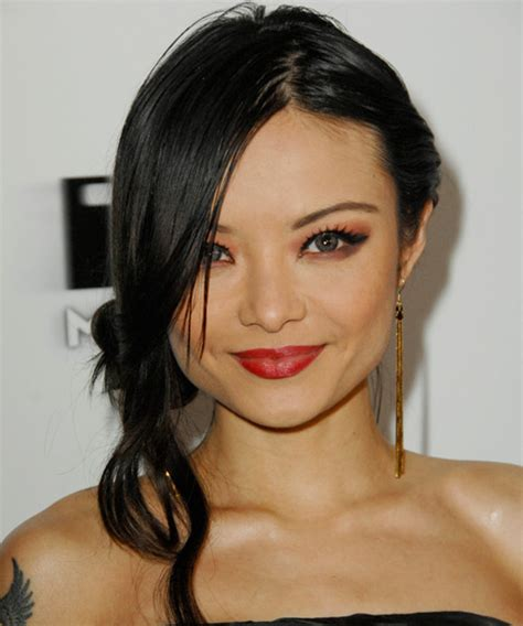 hair cuts of tia tequila tila tequila hairstyle casual updo long straight hairstyle