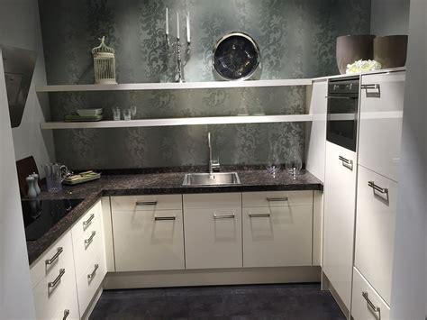 u keukens showroomkeukens alle showroomkeuken aanbiedingen uit