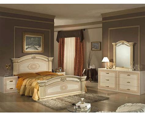 bedroom furniture made in italy classic beige finish bedroom set made in italy 44b5311