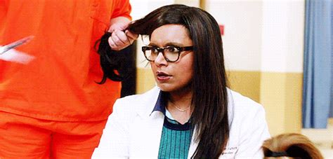 how can i get my hair ut like tina feys mindy project haircut gif bdcwire