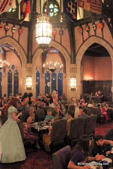 Royal Table by Review Cinderella S Royal Table Dinner In The Magic