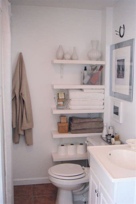 bathroom shelving ideas for small spaces 10 id 233 es pour une salle de bain cocon de d 233 coration le