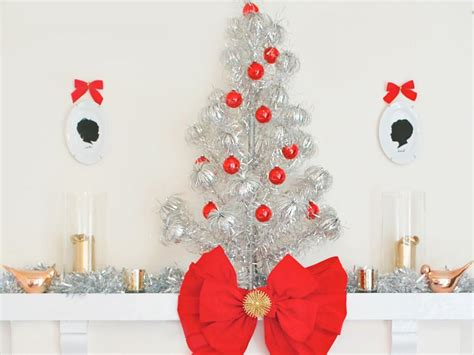 great themes for christmas decorating modern decorating themes hgtv