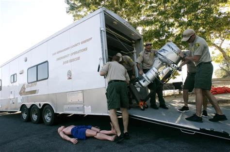 trailer san s day san bernardino county sheriff s dive team ready for