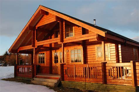 mountain lodge homes