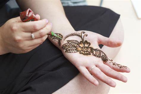 c 243 mo hacer henna para tatuajes temporales vix