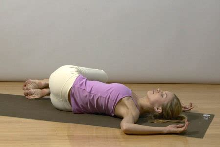reclining twist pose yoga for chronic back pain relief simple 12 step routine