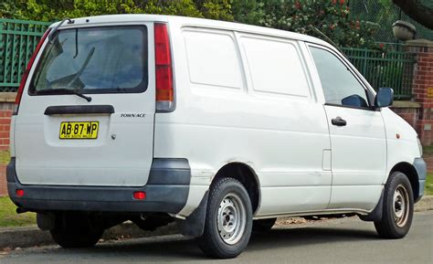 1999 Toyota Previa 1999 Toyota Previa Cr Pictures Information And Specs