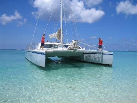buccaneer catamaran grand cayman reviews catamaran pulling in picture of grand cayman cayman
