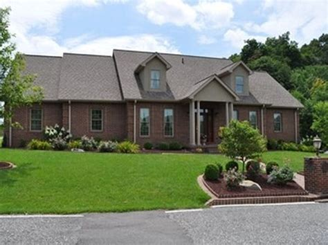 Houses For Sale Pikeville Ky by Pikeville Ky Luxury Homes For Sale 87 Homes Zillow