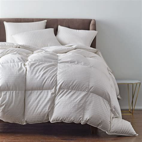 Goose Comforter by Legends 174 Royal Baffled Hungarian White Goose Comforter Goodglance