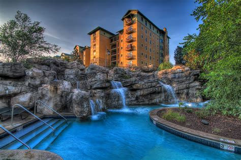 hotel in tennessee riverstone resort and spa pigeon forge travel odyssey