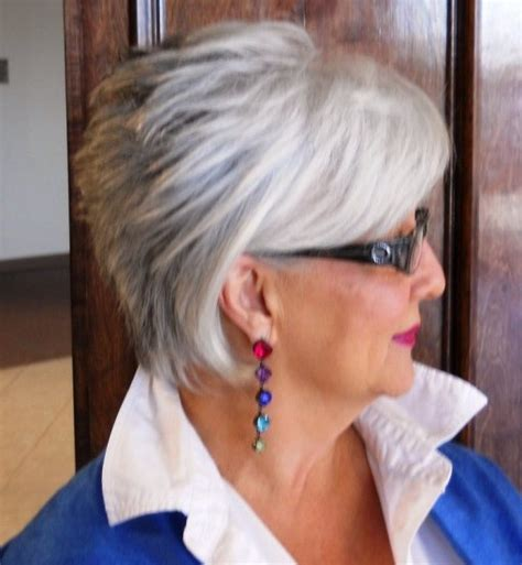 Medium Hairstyles For 60 With Glasses by Hairstyles For 60 With Glasses All Hair