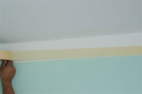 How To Paint Ceiling Edges by How To Paint Ceilings Howtospecialist How To Build