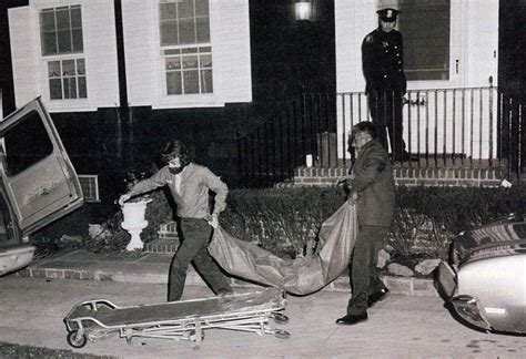 real scene photos amityville horror murderpeda defeo scene mentally ill in amityville