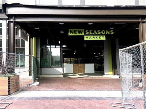 emeryville new year parade emeryville new seasons market opening delayed indefinitely