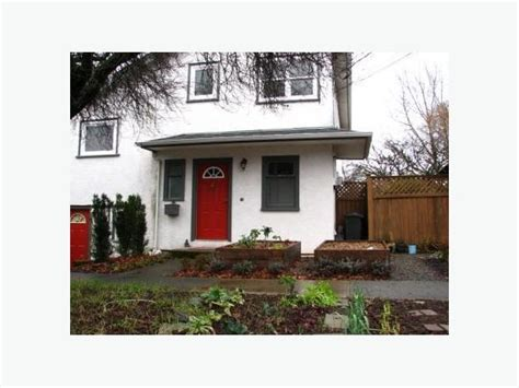 2 bedroom 2 bath townhouse two bedroom two bath 2 level townhouse victoria city victoria