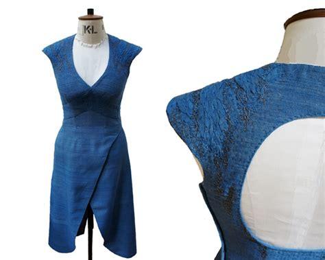 pattern blue dragonscale shoulders game of thrones cosplay daenerys on pinterest daenerys