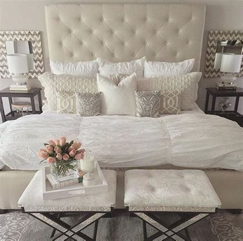 white and cream bedroom 25 best ideas about ivory bedroom on pinterest hallway