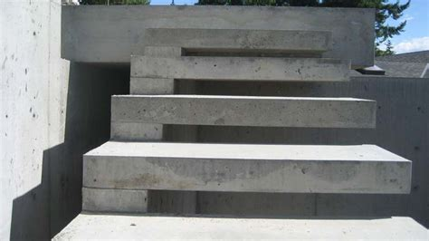 Exterior Concrete Cantilevered Stair Frontal detail cantilevered concr stair 171 home building in vancouver