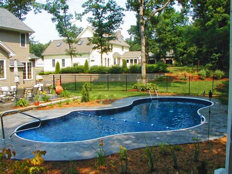 cheap backyard pool ideas backyard swimming pool designs backyard design and