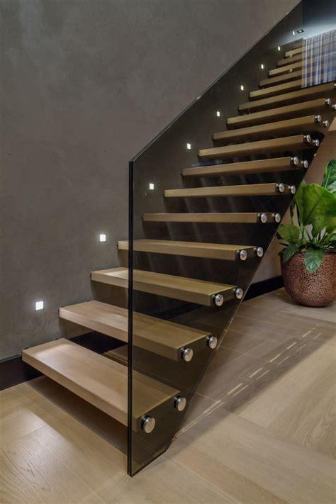 schöne wandleuchten led beleuchtung macht das treppenhaus zu einem attraktiven