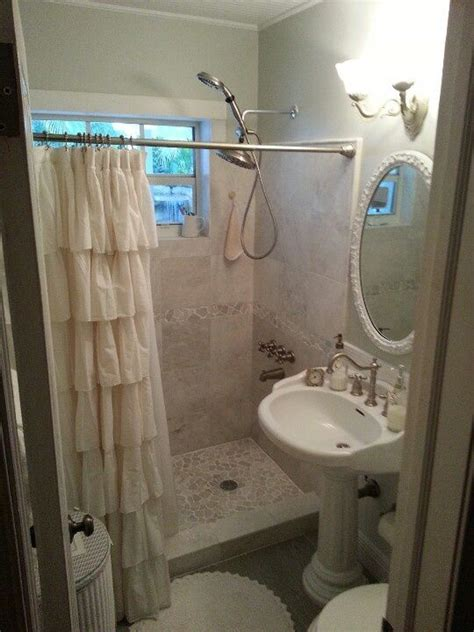 pinterest shabby chic bathrooms 17 best images about pretty washrooms on pinterest