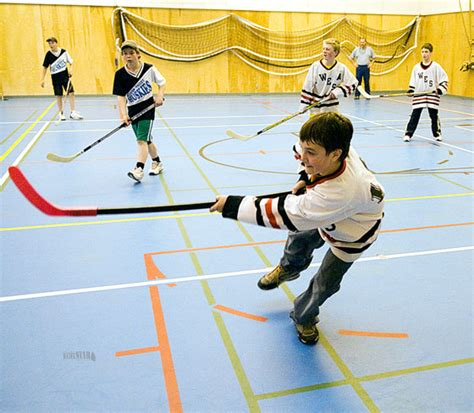 floor hockey lesson plan floor hockey lessons tes teach
