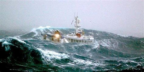boat riding wave riding out storms in a seavax bubble hull with automatic