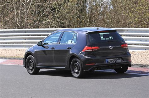 2019 Vw Golf Mk8 by 2019 Volkswagen Golf Mk8 Pictures Of Mule Show New