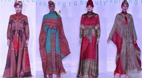 Baju Koko Preview Itang Yunasz Tanah Abang itang yunasz gelar fashion show busana muslim di tanah abang lifestyle liputan6