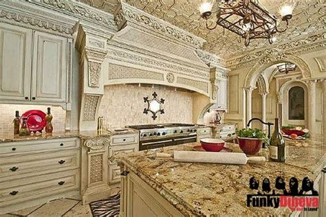 Zolciak Kitchen by Pin By Pitts On Houses Homes