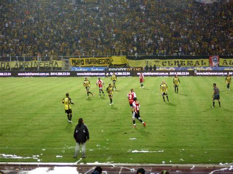 imagenes jpg futbol archivo cl 225 sico del f 250 tbol venezolano jpg wikipedia la