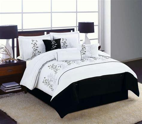 Black And White Bedding by 7pc King Bedding Comforter Set Black White