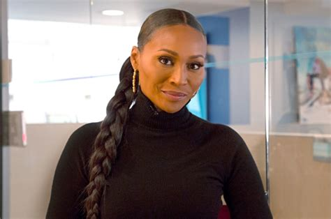 show me cyntiah bailey grom atlantia hosewives short bob hair cut cynthia bailey reportedly fired from real housewives of