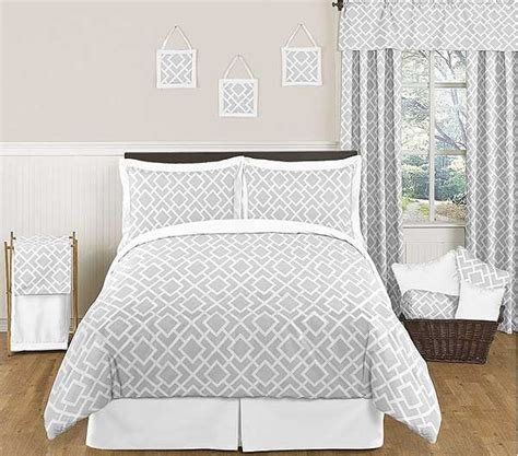 grey and white comforter set queen diamond gray white comforter set full queen size by