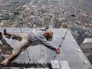 highest glass floor of the world in chicago usa world