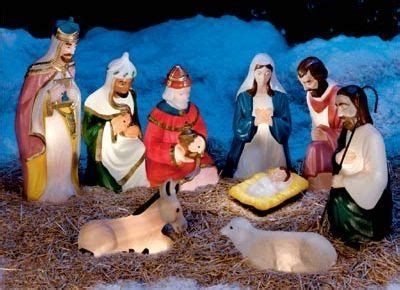 Light Up Nativity Sets For Outdoors Pin By Lightsey On Santa Baby