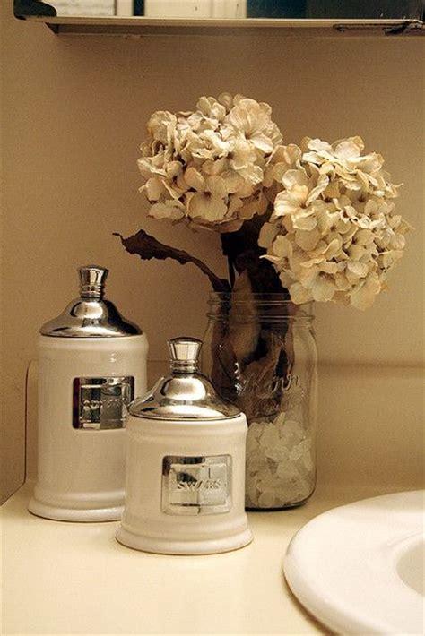 flowers in the bathroom 25 best ideas about apothecary jars bathroom on pinterest elegant bathroom decor