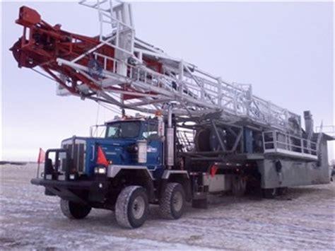 kenworth trucks serve as oil rig transformers tradequip
