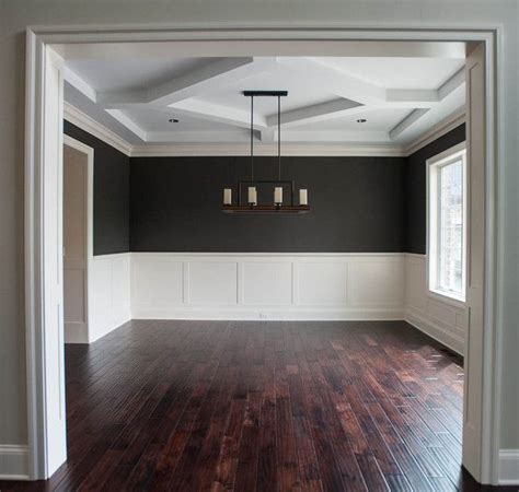 dining room wainscoting ideas best 20 waynes coating ideas on pinterest dining room
