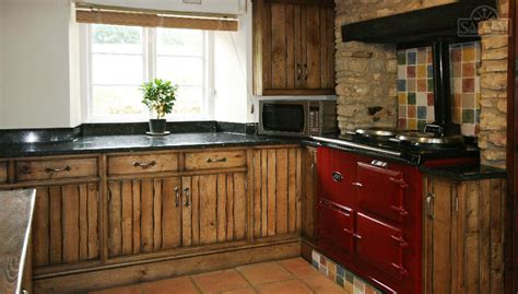 The Handmade Kitchen Company - bespoke fitted kitchens free standing kitchens salcey