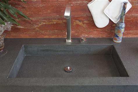 lavello pietra cucine e bagni in pietra lavica