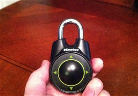 cadenas master lock speed dial tmn review master lock speed dial time management ninja
