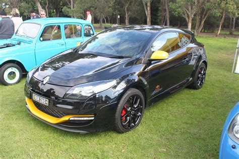 renault megane sport coupe file 2012 renault sport m 233 gane 265 cup bull edition